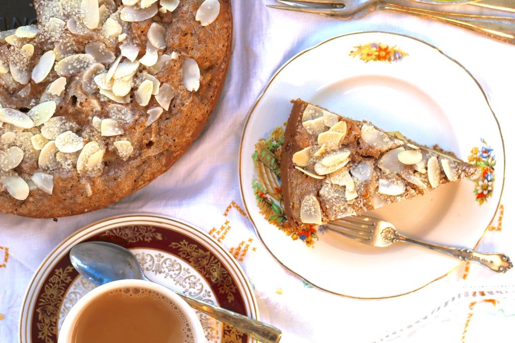 chai-spice-apple-cake-above