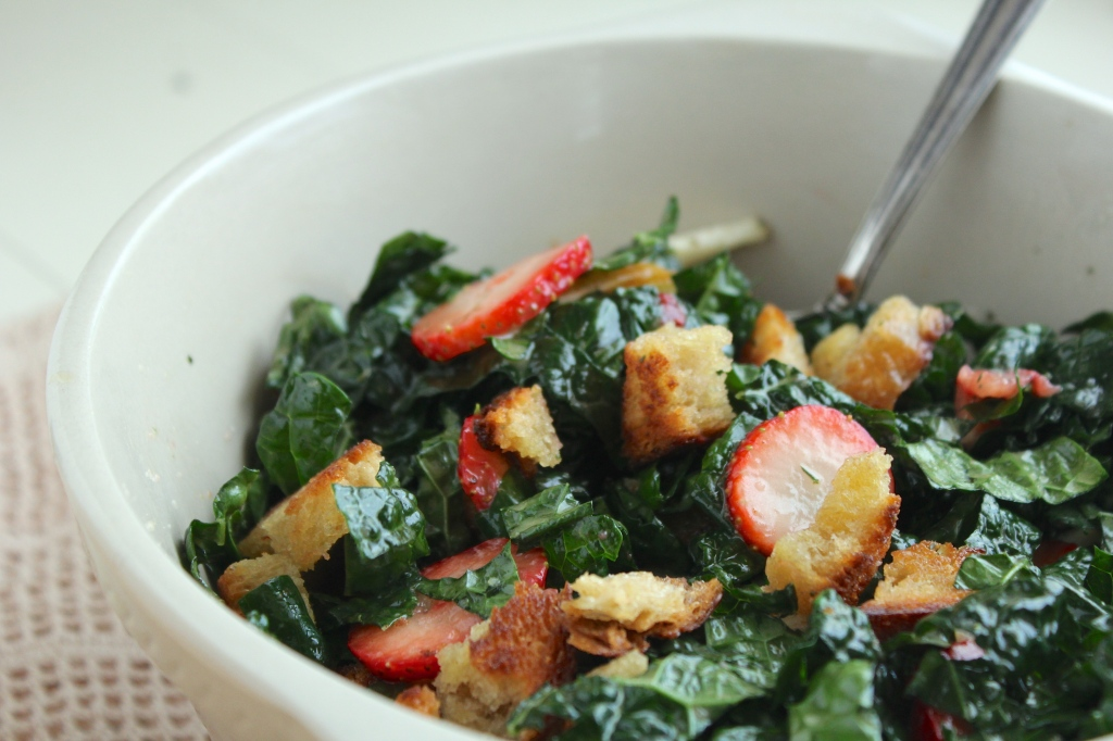 kale-strawberry-pear-salad