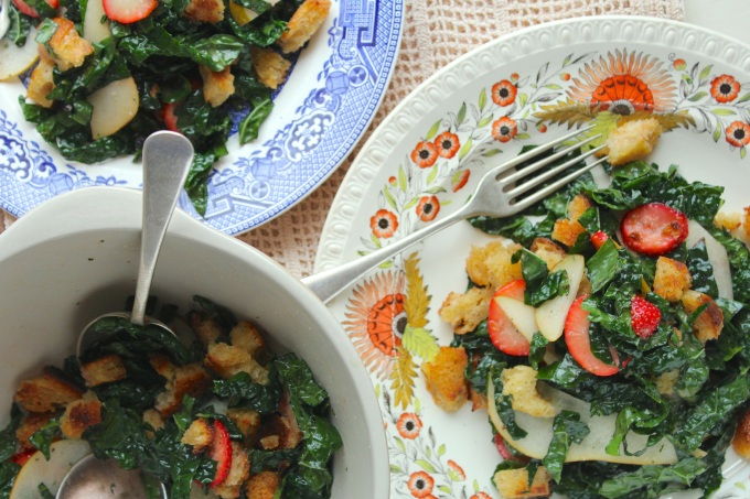 kale-strawberry-salad