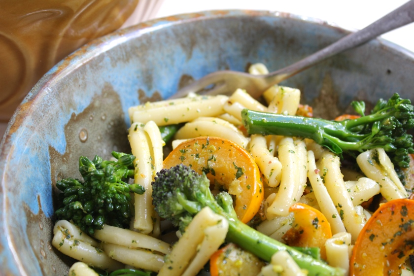 pumpkin-broccolini-pasta-bowl-fork