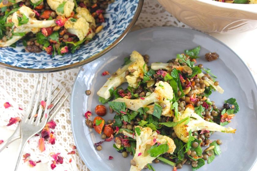 roasted-cauliflower-lentil-salad-plate