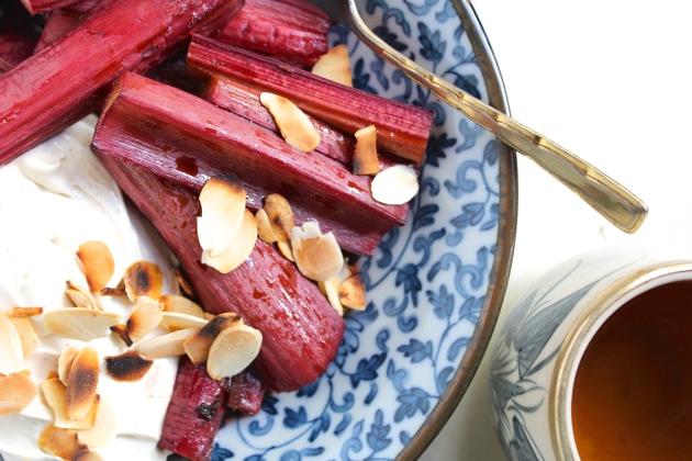 roasted-rhubarb-labneh