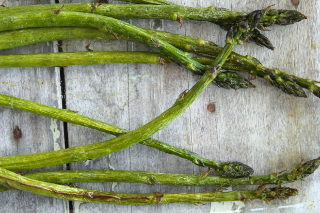 cauliflower-asparagus-mint-salad-asparagus