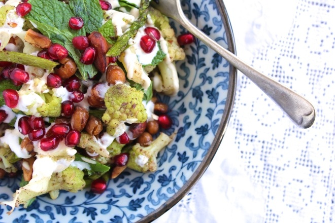 cauliflower-asparagus-mint-salad-birdseye-fork