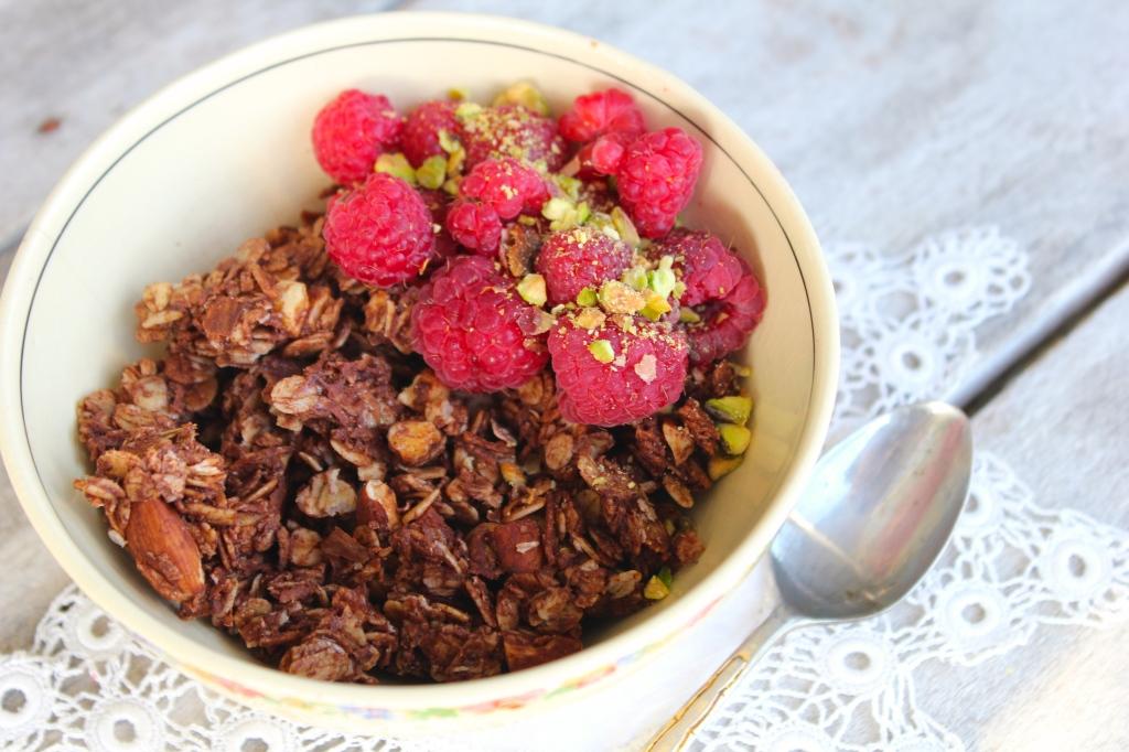 coconut-cacao-granola-raspberries