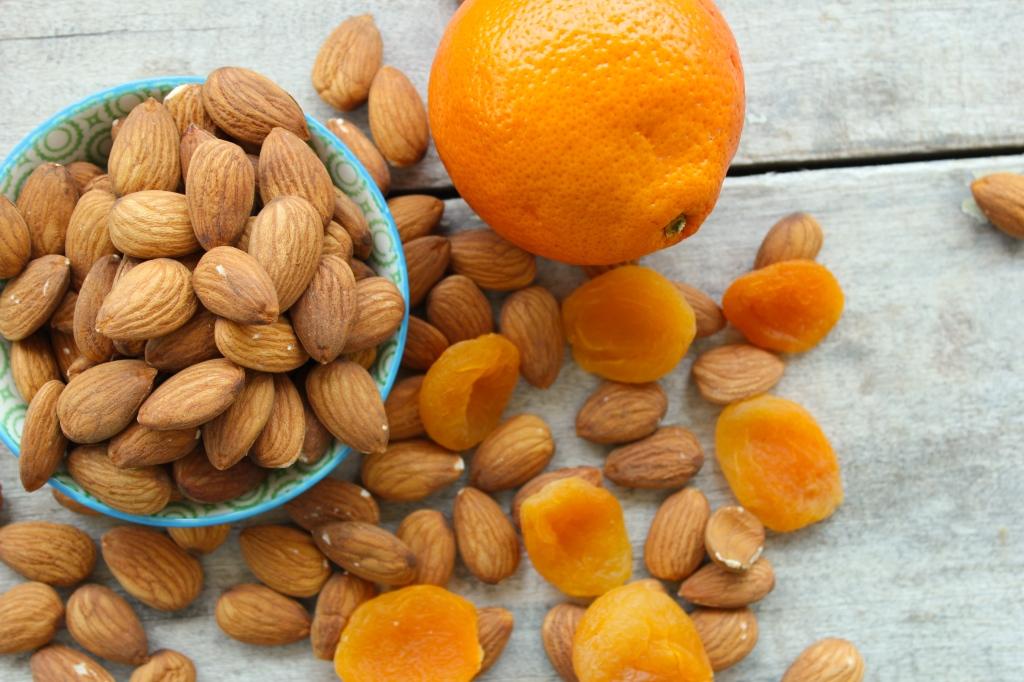 raw-apricot-coconut-tangerine-energy-balls-tangerine