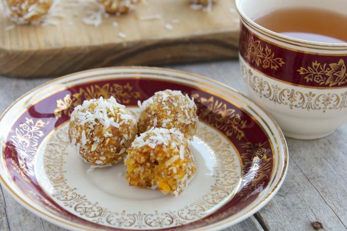 raw-apricot-coconut-tangerine-energy-balls-tea