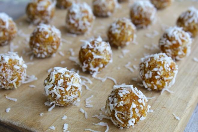 raw-apricot-coconut-tangerine-energy-balls