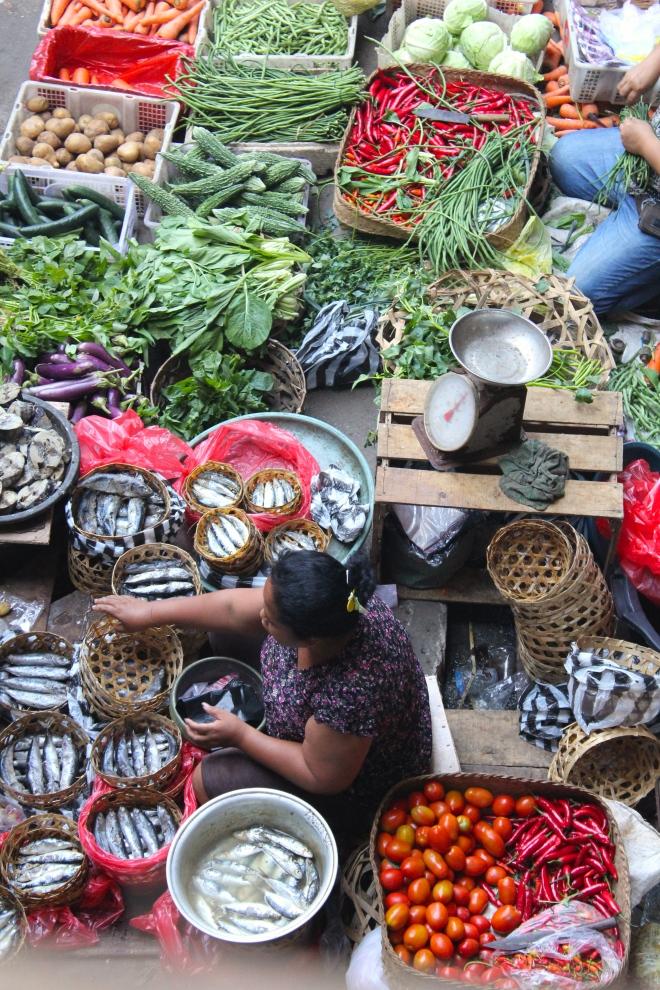bali-market-vertical