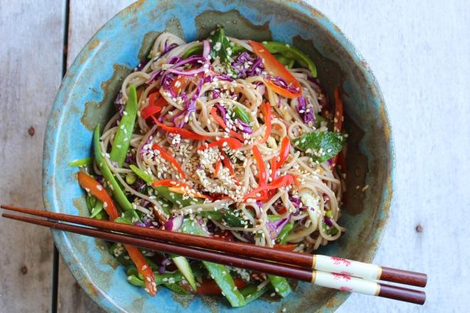 sesame-soba-noodle-salad-bowl