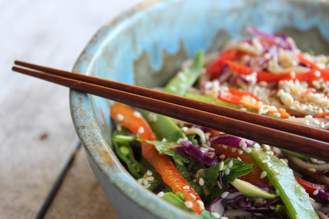sesame-soba-noodle-salad-chopsticks