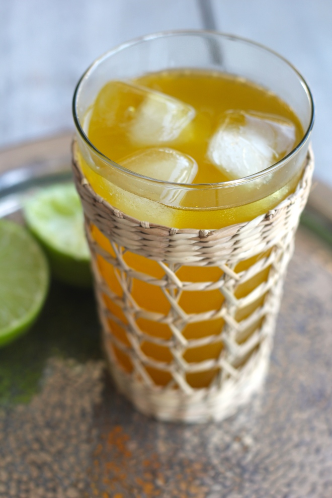 turmeric-ginger-juice-vertical