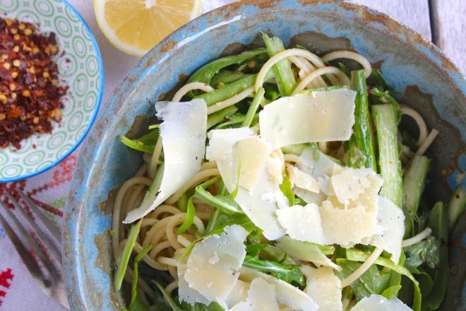 spaghetti-asparagus-chilli-birdseye