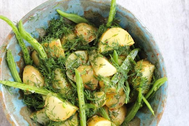 potato-dill-salad-closeup