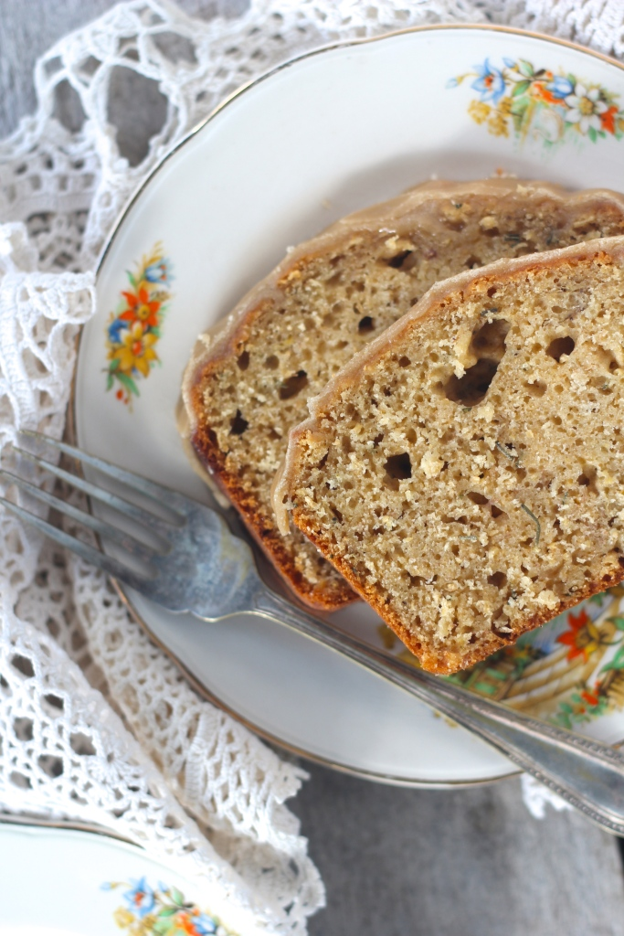 banana-rosemary-bread-fork