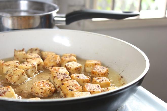 szechuan-tofu-frying
