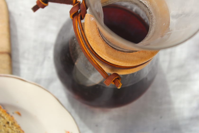 grapefruit-poppyseed-cake-coffee