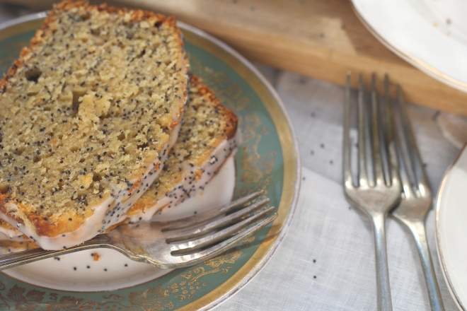 grapefruit-poppyseed-cake-slices