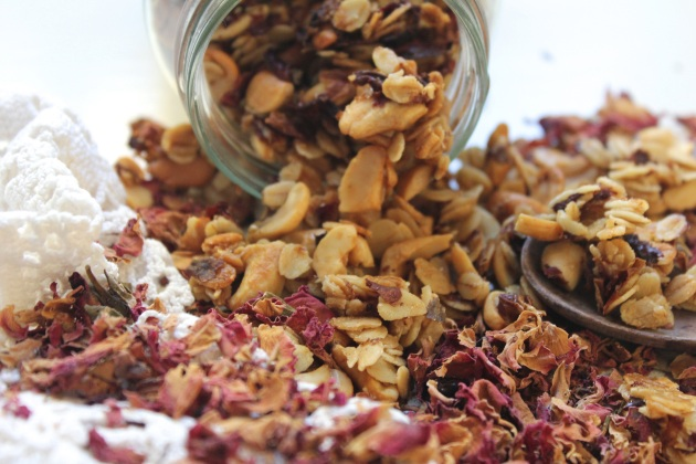 Rose Petal, Cashew & Olive Oil Granola | highgate hill kitchen