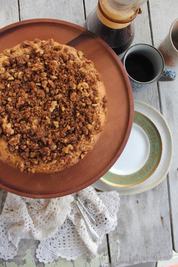 coffee-cake-table