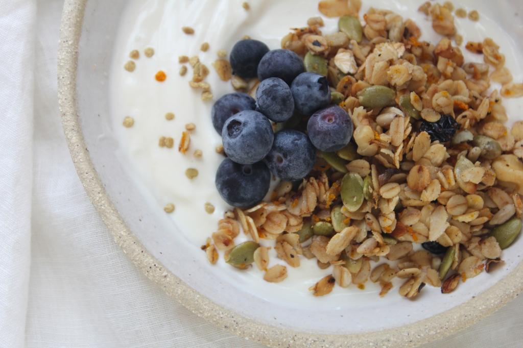 oat-milk-granola-closeup