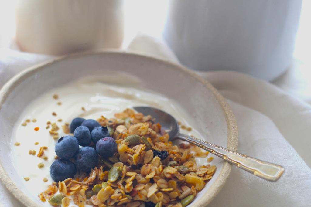oat-milk-granola-spoon
