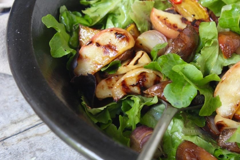 golden-beetroot-apple-salad