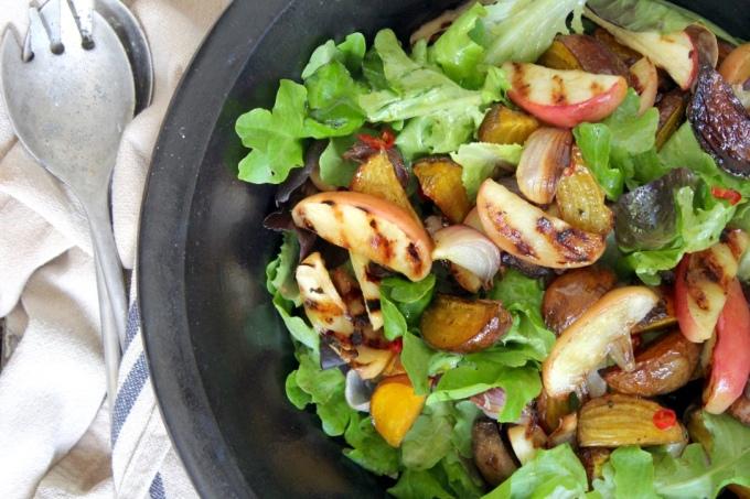 golden-beetroot-shallot-salad