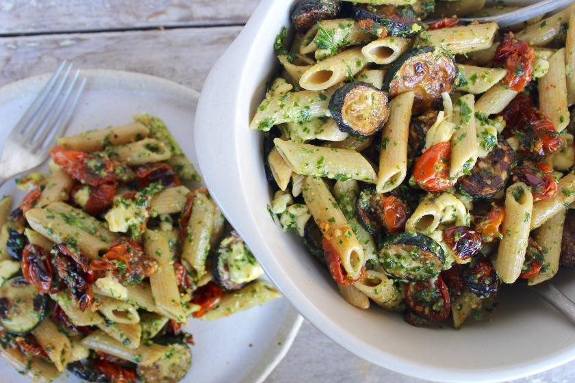roasted-cherry-tomato-zucchini-kale-pesto-pasta-birdseye