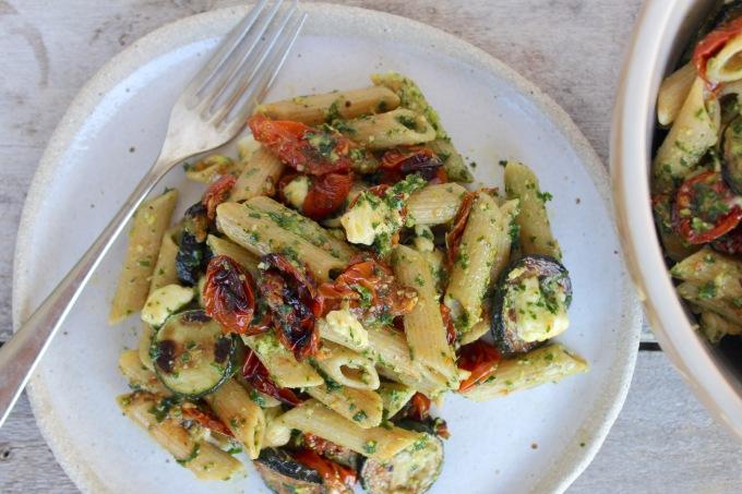 roasted-cherry-tomato-zucchini-kale-pesto-pasta