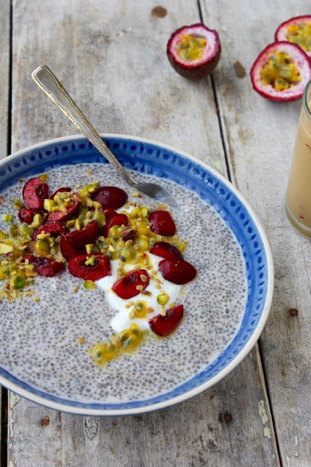 chia-bowl-table