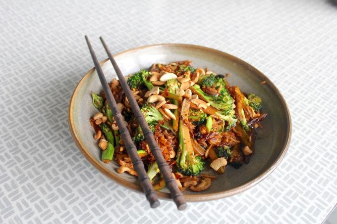 broccoli-cashew-stir-fry-four