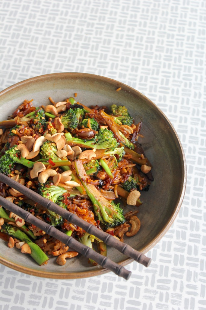 broccoli-cashew-stir-fry-one