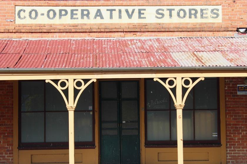peach-galette-cooperative-stores