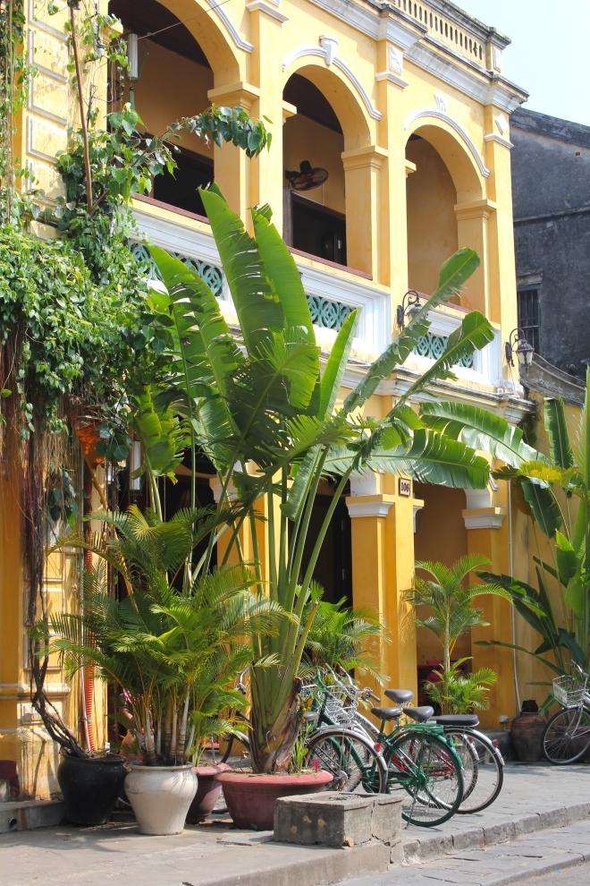 vietnam-hoi-an-streets
